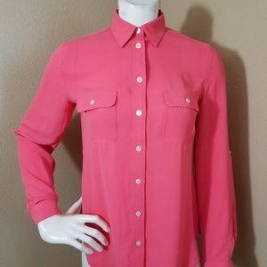 Ann Taylor LOFT Adjustable Sleeve Buton Down Shirt